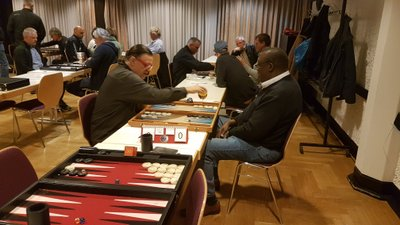 der hessencup turnier backgammon in frankfurt turnier berichte. Black Bedroom Furniture Sets. Home Design Ideas